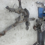E30 Trailing arms removed for new bushing installation